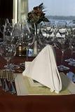 2用餐的正餐好酒 免版税库存图片
