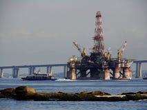 2石油平台 库存照片