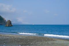 2艘船海浪 库存照片