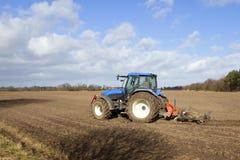 2蓝色培养的拖拉机 免版税库存照片