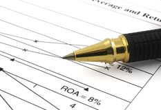2财务的分析 免版税库存照片