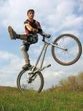 2辆自行车窍门 库存图片