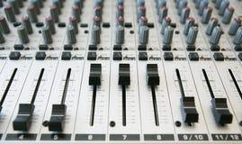 2音频混合的面板 库存照片