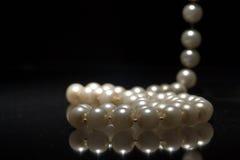 2颗珍珠 免版税库存图片