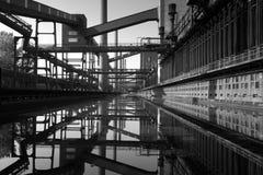 2 övergiven industri Arkivfoto