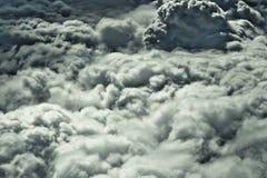 2 ανωτέρω σύννεφα Στοκ φωτογραφία με δικαίωμα ελεύθερης χρήσης