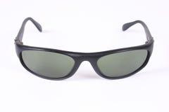 2 απομονωμένα γυαλιά ηλίο&upsi Στοκ Φωτογραφίες