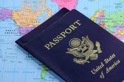 2 διαβατήρια Στοκ φωτογραφίες με δικαίωμα ελεύθερης χρήσης