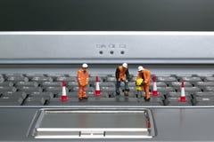 2 εργάτες πληκτρολογίων Στοκ φωτογραφία με δικαίωμα ελεύθερης χρήσης