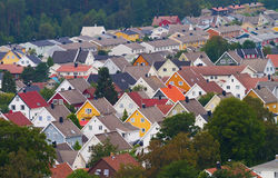 2 ζωηρόχρωμες στέγες Στοκ Φωτογραφία