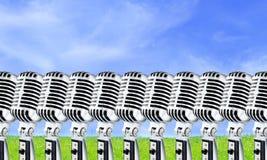 2 ο αέρας Lotta mics ανοίγει Στοκ Εικόνες
