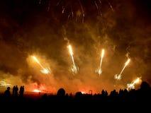 2 πυροτεχνήματα θεαματικά Στοκ Φωτογραφίες