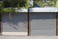 2 πόρτες rollup Στοκ φωτογραφία με δικαίωμα ελεύθερης χρήσης