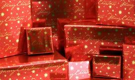 2 σειρές χριστουγεννιάτικων δώρων boxes5 που τυλίγονται Στοκ εικόνες με δικαίωμα ελεύθερης χρήσης