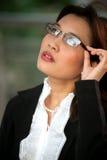 2 όμορφη eyeglasses επιχειρηματιών ταϊλανδική φθορά Στοκ Εικόνες