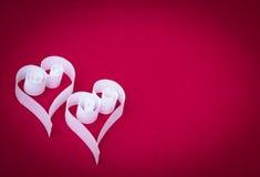 2 бумажных сердца Стоковые Изображения