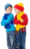 2 враждуя малыша в одеждах зимы Стоковые Изображения
