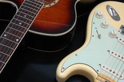 2 гитары крупного плана стоковые фото