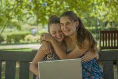 2 девочка-подростка Стоковая Фотография RF