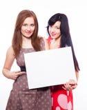2 девушки с знаменем. Стоковое фото RF