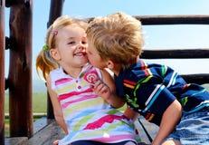 2 дет в спортивной площадке Стоковые Изображения RF