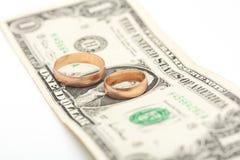 2 золотистых кольца Стоковая Фотография RF
