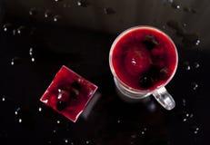 2 изолированного коктеила Стоковое Фото