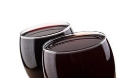 2 изолированного стекла вина Стоковая Фотография