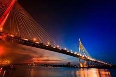 2 как тон времени захода солнца моста Стоковая Фотография