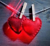 2 красных декоративных сердца Стоковые Изображения