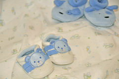 2 младенческих ботинка пар Стоковое Фото
