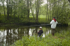 2 молодых fishermans Стоковая Фотография