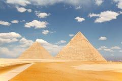 2 пирамидки, Гиза Стоковые Изображения RF
