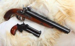 2 пистолета больш-скважины год сбора винограда. Стоковая Фотография RF