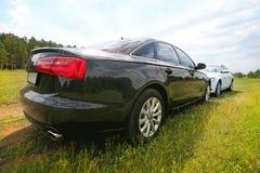 2 престижных автомобиля на природе Стоковые Изображения RF