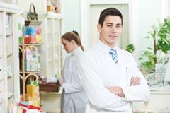 2 работника химика фармации Стоковое Изображение