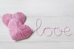 2 розовых клубока в форме сердца Стоковое фото RF