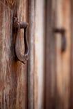 2 старых knockers двери, close-up Стоковая Фотография