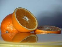 2 πρόσφατα πορτοκαλί σενάριο που συμπιέζεται Στοκ Εικόνα