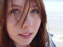2 νεολαίες γυναικών Στοκ φωτογραφίες με δικαίωμα ελεύθερης χρήσης