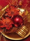 2个蜡烛圣诞节装饰 免版税库存照片