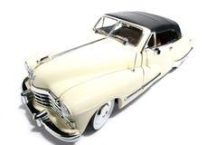 2 1947年卡迪拉克汽车fisheye金属缩放比例玩&#208 免版税库存图片