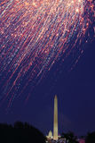 2 4$α πυροτεχνήματα Ιούλιος Στοκ Φωτογραφία