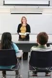 2 allievi ed insegnanti Immagini Stock Libere da Diritti