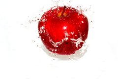 2 apple red serie splash Στοκ φωτογραφία με δικαίωμα ελεύθερης χρήσης