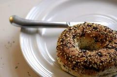 утро 2 bagels стоковое фото