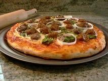 2 bakade ny pizza Fotografering för Bildbyråer