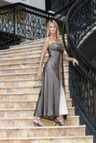 2 blondynek suknia wieczorowa seksowna Fotografia Royalty Free