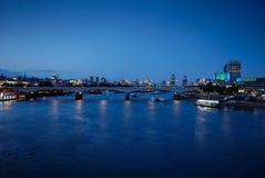 2 bro london waterloo royaltyfri fotografi
