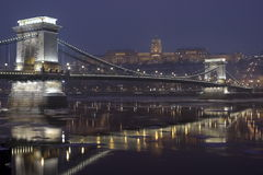 2 budapest chainbridge Στοκ εικόνα με δικαίωμα ελεύθερης χρήσης